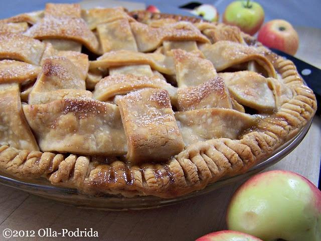 Old-Fashioned Lattice-Top Apple Pie Recipe — Dishmaps