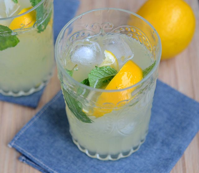 Meyer Lemon Mojitos | Brooklyn Atlas | DIY - BURLAP love | Pinterest