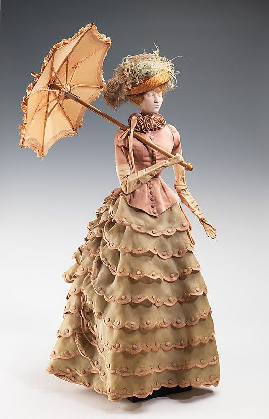 1884 Кукла на Nina Ricci (металл, гипс, волосы, шелк, хлопок, солома, перо, древесины), 1949.  ММА