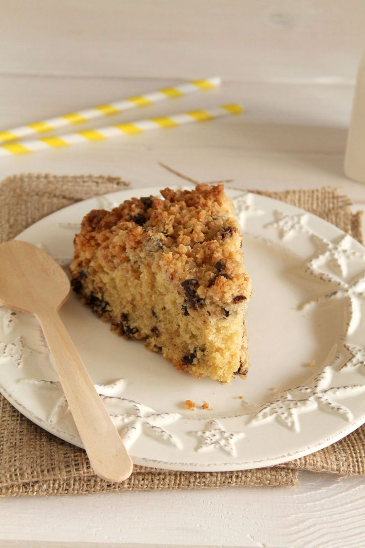Coconut and chocolate chip crumble cake | The one with all the tastes ...