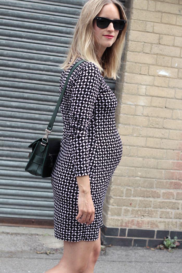 Gewone kleding tijdens zwangerschap