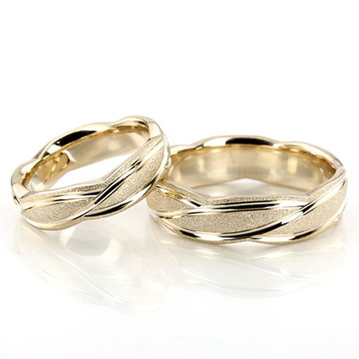 Watch The perfect wedding bands: matching or unique video