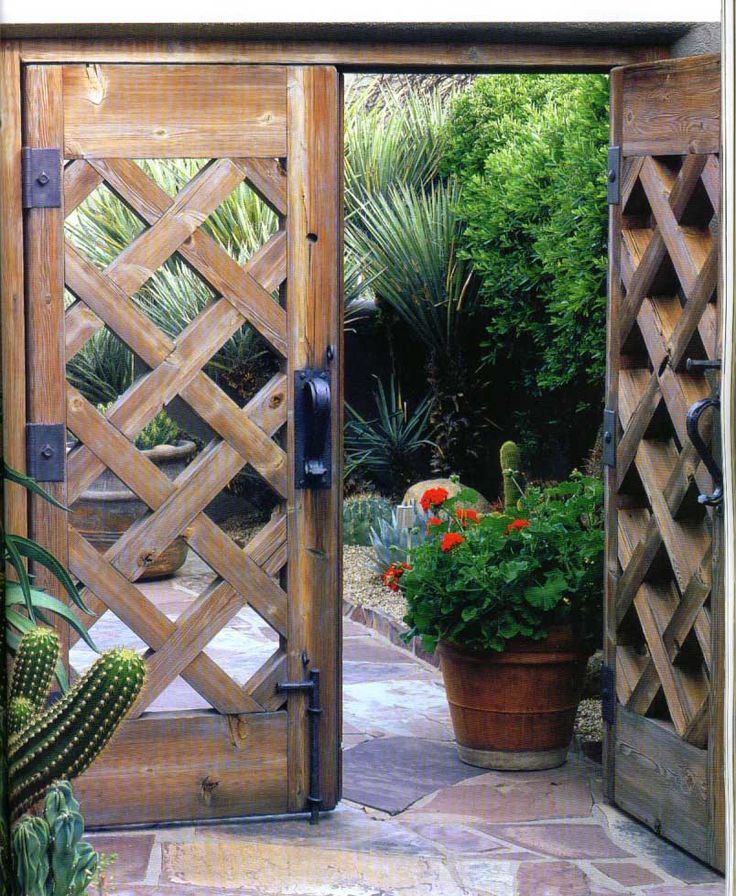 Cross cutting design wooden garden gate wooden gates for Garden gate designs wood