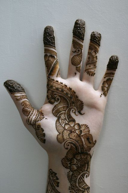 Unique Hand Mehandi Designs Image 8