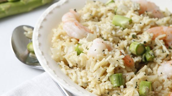 You must try this Creamy Shrimp Asparagus Risotto recipe! Cook shrimp ...