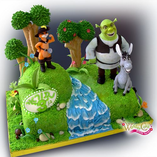 shrek_cake by WonderCakeElena, via Flickr