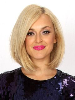 Fearne Cotton- love the hair cut and bright pink lips