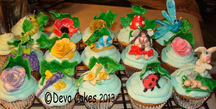Garden cupcakes with lemon filling and fondant critters.