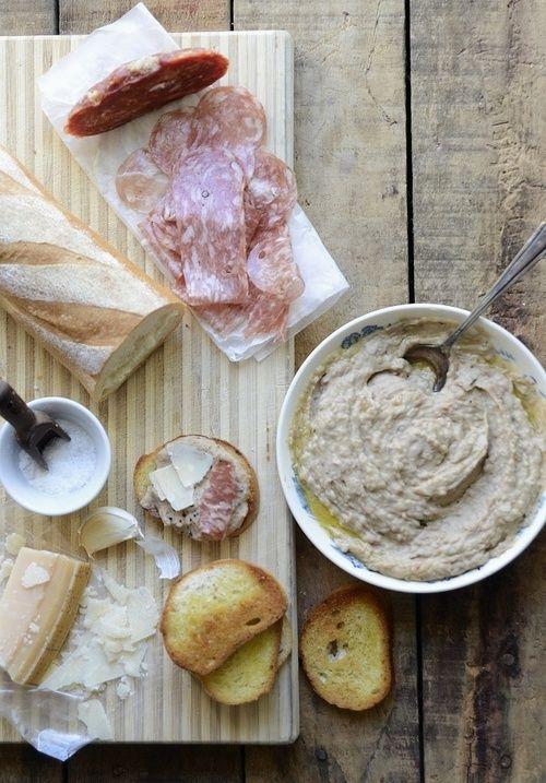 White Bean Rosemary Crostini with Sopressata Parmesan (via Verses From ...