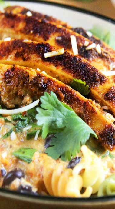 TexMex Creamy Roasted Red Pepper Pasta with Blackened Chipotle Chicken ...