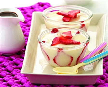 Puding Stroberi Saus Cokelat :: | Kue dan Pudding | Pinterest