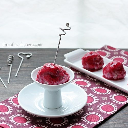 Festive Turkey Meatballs w/ Cranberry Glaze – Low Carb/Gluten Free ...