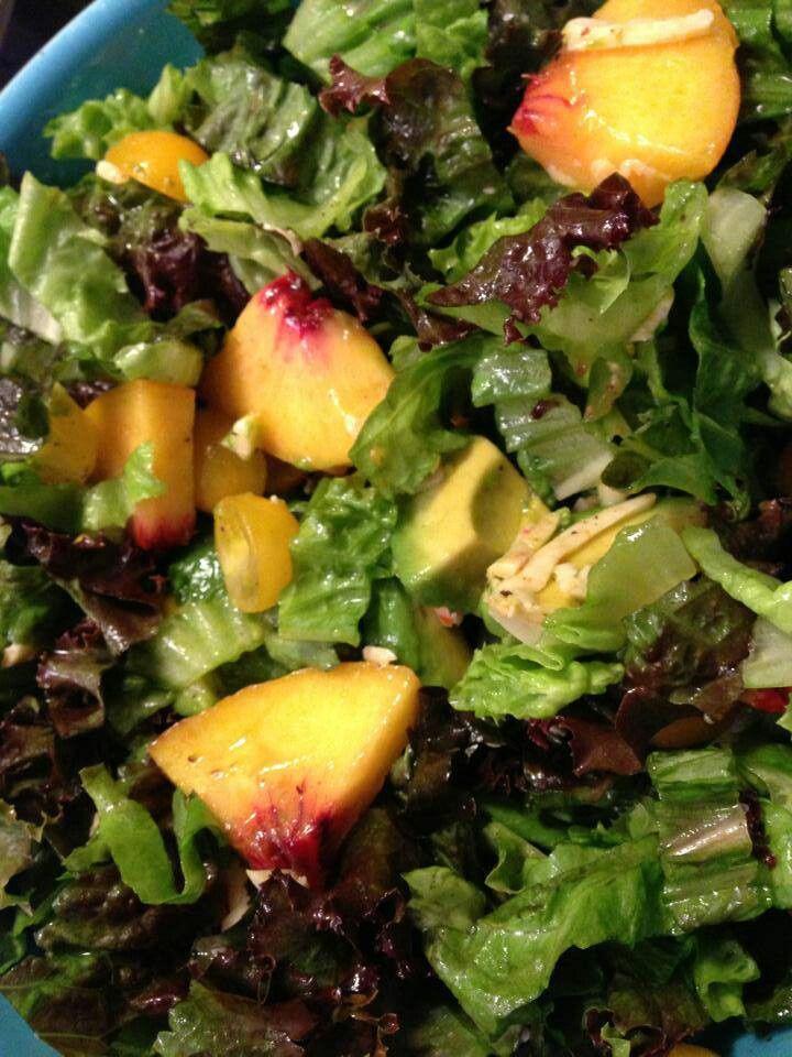 Peach avocado tomato salad | Healthified Foods | Pinterest