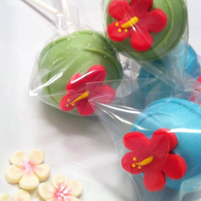 Hibiscus Flower Cake Pop | Cake pop ideas | Pinterest
