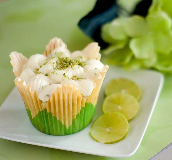 Key Lime Cupcakes | CAKES/CUPCAKES | Pinterest