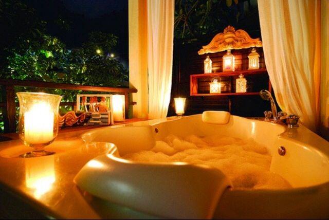 Jacuzzi Tub Candles. Romantic Bathroom
