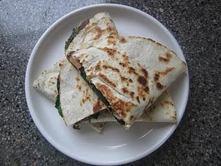 spinach & mushroom quesadillas | Vegetarian | Pinterest