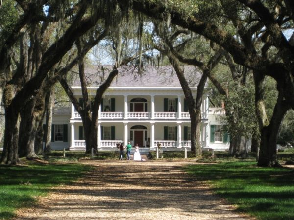 Rosedown Plantation Homes With Distinctive Style In