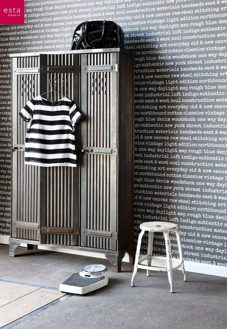 Behang grijs met witte letters tekst uit de collectie for Wallpaper esta home