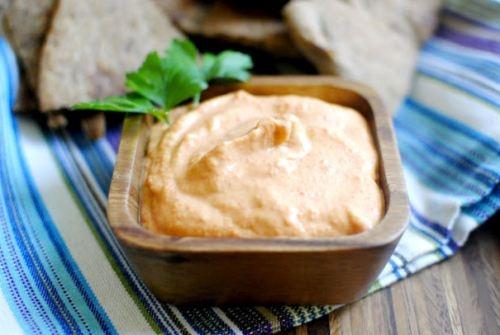 Roasted Red Bell-pepper Hummus | Eats! | Pinterest