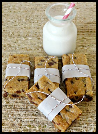 chocolate chip cookie cake bars | desserts | Pinterest