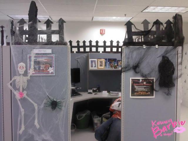 Castle and cobwebs | halloween decor | Pinterest