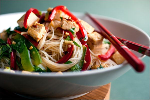 Stir-Fried Noodles With Tofu and Peppers | Recipe