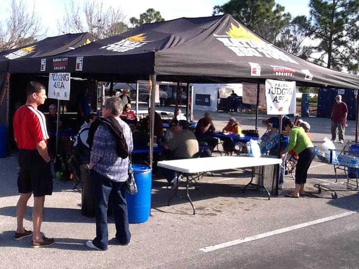 Tampa, Judge's tent set up