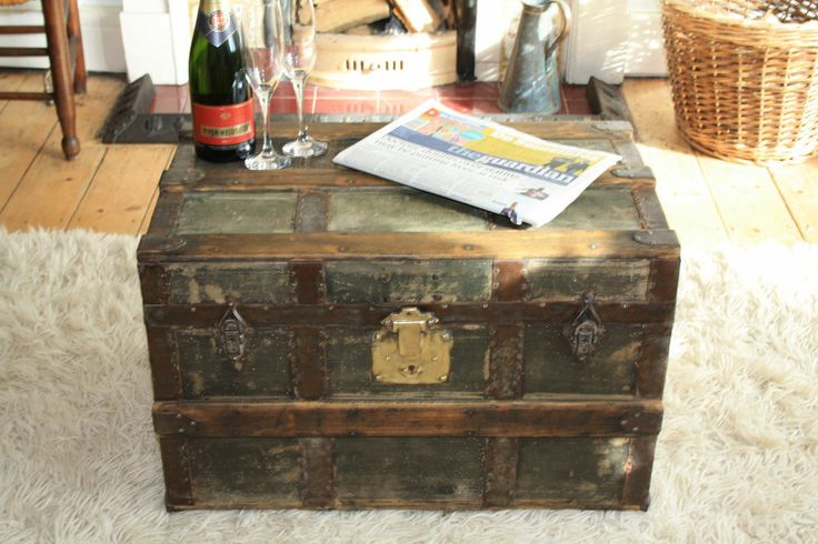 Vintage Antique Trunk Coffee Table Steamer Military Chest Storage Box