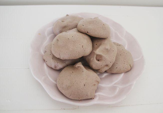 Mocha Chip meringue cookies recipe | Fooooooood! | Pinterest