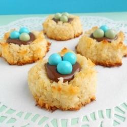 Coconut Macaroon Nutella Nests | Food & Drinks | Pinterest