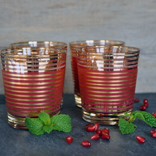 Pomegrante-Mint Spritzer from Turntable Kitchen (http://punchfork.com ...