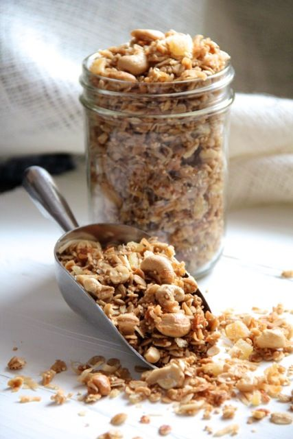 Ginger Cashew Granola made with quinoa and coconut oil! Fantastic.