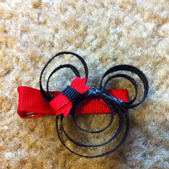 Mini mouse hair clip