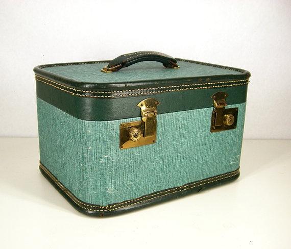 Vintage Makeup Cases 59