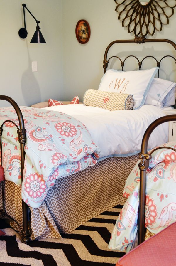 Lovely twin beds