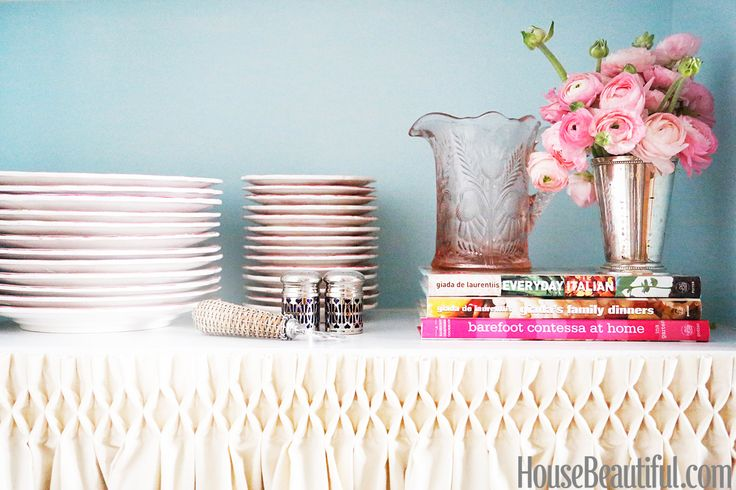 Skirted table danielle armstrong nyc apartment designers at home