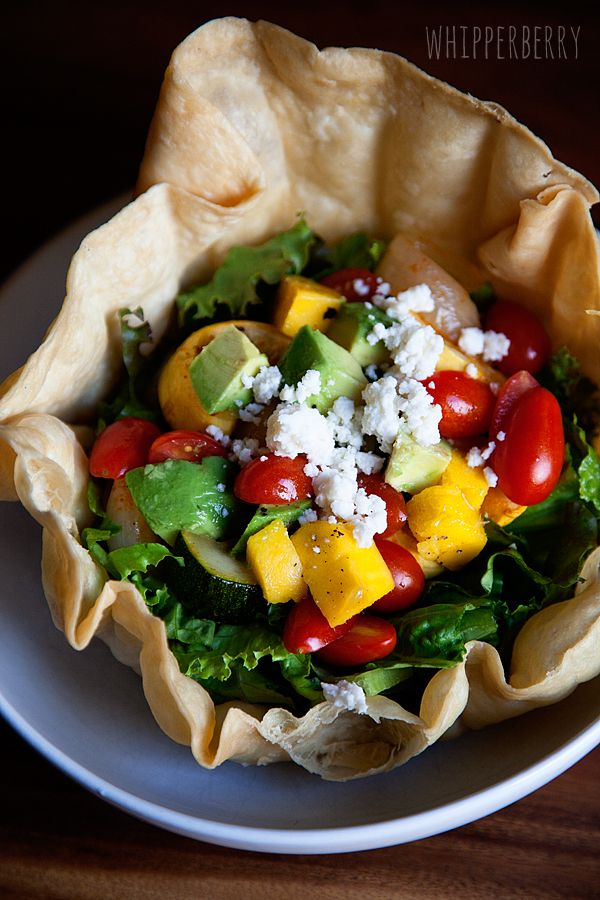 Whipperberry: Roasted Veggie Taco Salad // Easy Weeknight Dinners