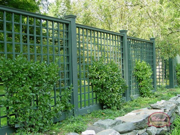 Nice lattice screen fence gardens patios porches for Lattice screen fence