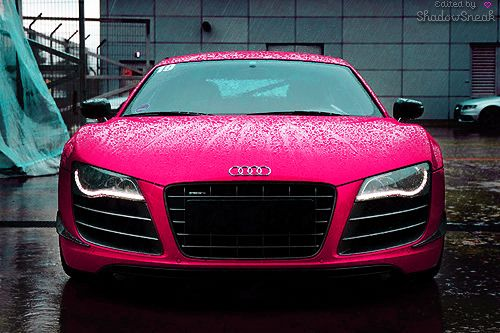 OH MY. hot pink audi r8 <3 <3