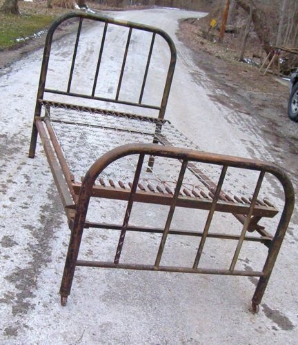 Antique Bed Frames With Metal Springs