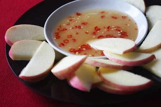 Apples with Palm Sugar-Chili Dip | Food & Recipes | Pinterest