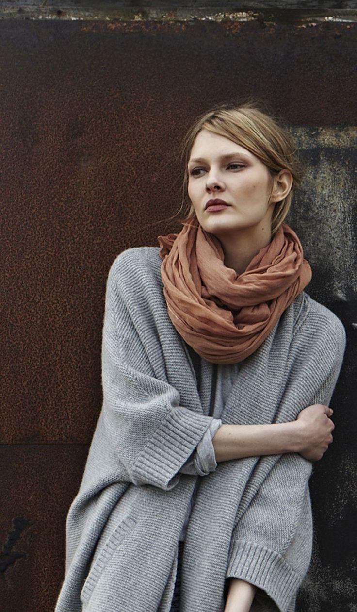 big sweater, big scarf.