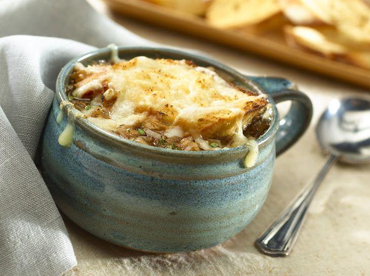 Onion Soup Gratinee http://www.yummly.com/recipe/Onion-soup-gratinee ...