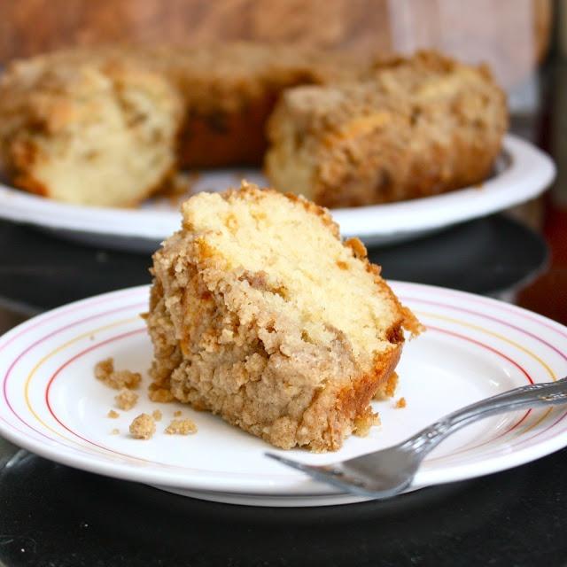 Cannella Vita: best cinnamon coffee cake. i used sour cream instead of ...