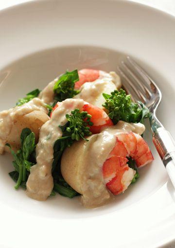 Bagna cauda salad and potato shrimp rape and