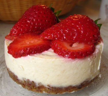 VEGAN CHEESECAKE!! | totally sweet | Pinterest