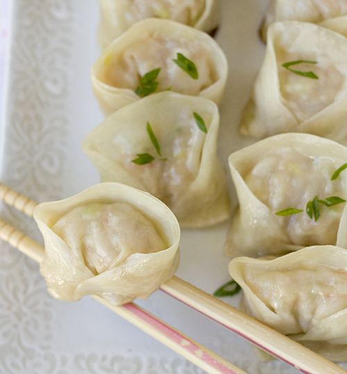 Steamy Shrimp Pork Dumplings (Ebi to Butaniku no Gyoza)