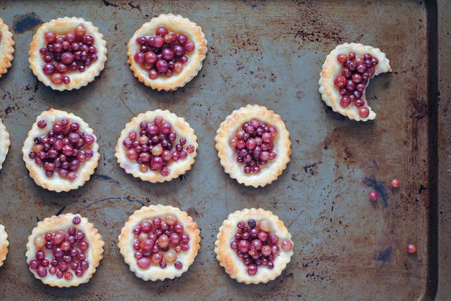 Lavender Champagne Grape Pie Bites by litel knyght, via Flickr