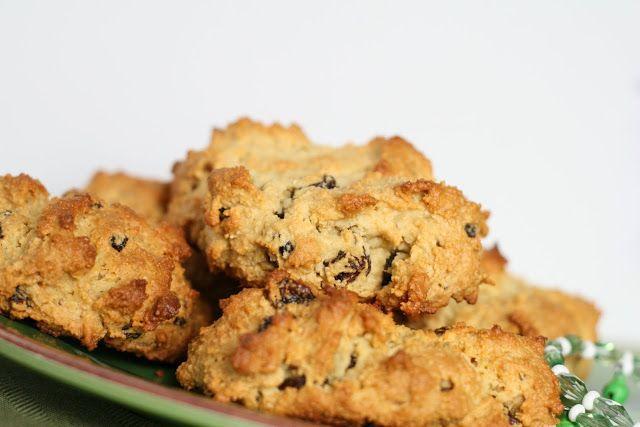 Grain-Free Irish Soda Bread Biscuits - go easy on the raisins, use ...
